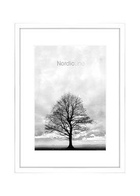Nordic Line - Rammer - Slim / Solid / Wood - Matt White / 30 x 40