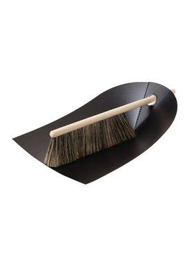 Normann Copenhagen - Fejebakke & kost - Dustpan with broom - Sort