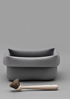Normann Copenhagen - Opvask - Washing Up Bowl & Brush - Grey