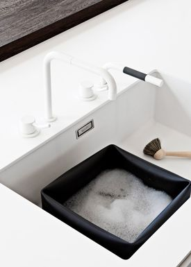 Normann Copenhagen - Washing up - Washing Up Bowl & Brush - Black