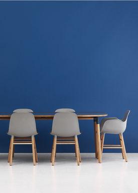 Normann Copenhagen - Stol - Form Armchair - Grå/Eg