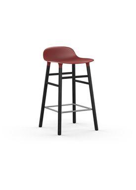 Normann Copenhagen - Stol - Form Barstool - 65 cm - Rød/Sort Eg