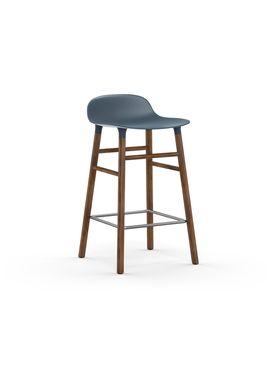 Normann Copenhagen - Stol - Form Barstool - 65 cm - Blå/Valnød