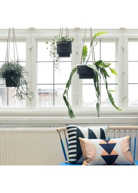 Ferm Living - Krukke - Plant Hanger Low - Sort Stentøj