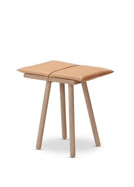 Skagerak - Stool - Georg Jubilee Stool - Oak/Leather