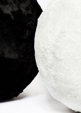 The Organic Sheep - Fåreskind - Sheepskin - Sheepskin Pilates Ball Black