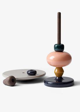 &tradition - Bord - Shuffle Table / MH1 - Spectrum farvet med røget olieret eg