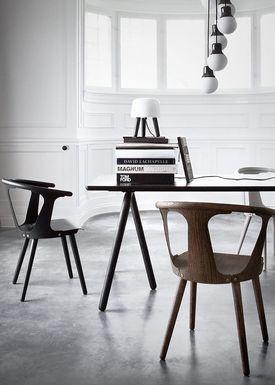 &tradition - Bord - Table- NA2 - Sort aske finér
