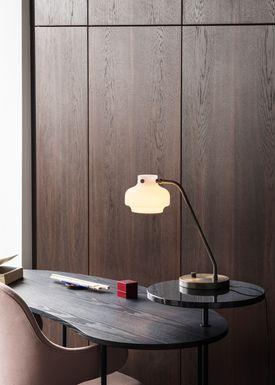 &tradition - Bordlampe - Copenhagen / SC15 - Opal glass & bronzed brass base