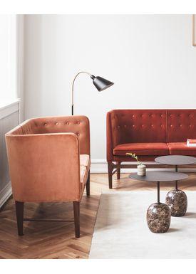 &tradition - Gulvlampe - Bellevue / AJ7 af Arne Jacobsen - Sort og messing