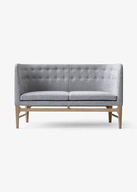 &tradition - Couch - Mayor Sofa by Arne Jacobsen & Flemming Lassen / AJ5 / AJ6 - AJ6 / 2 seater w. oak / L138