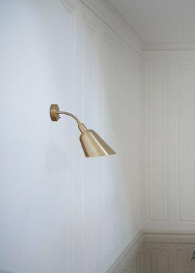 &tradition - Væglampe - Bellevue / AJ9 af Arne Jacobsen - Messing