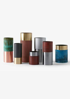 &tradition - Vase - True Colour Vase - Black Brass- LP6