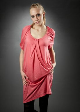 Tonya Kjole Pink