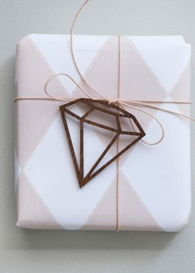 Ferm Living - Julepynt - Wooden Diamond - Røget Eg - 3