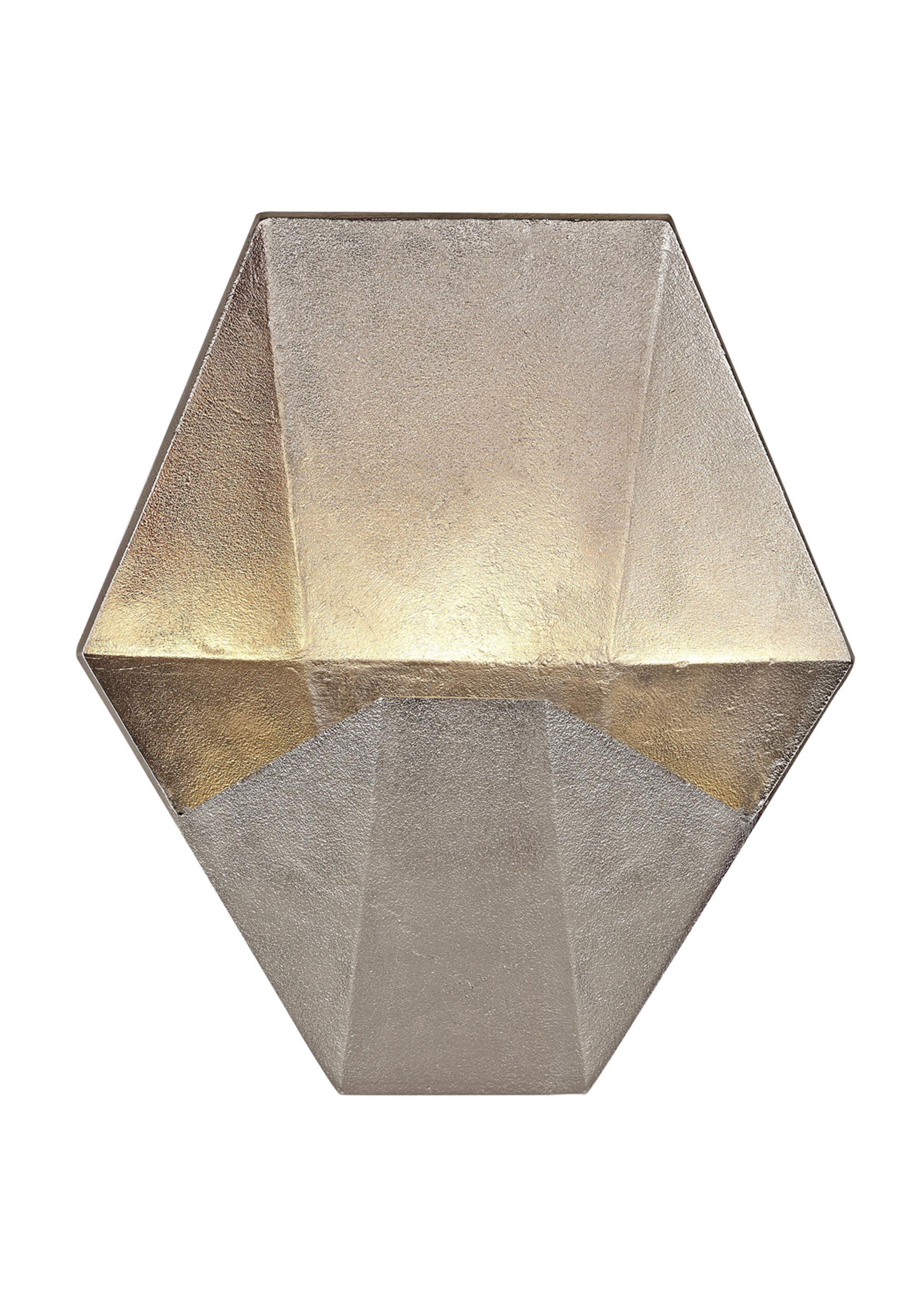 Gem wall pendant