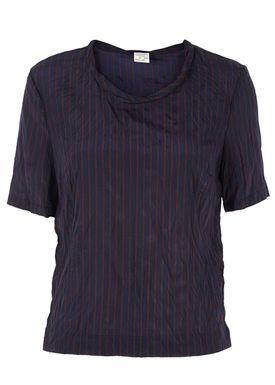Baum und Pferdgarten - T-shirt - Mallana Shirt - Bordeaux/Blå Strib
