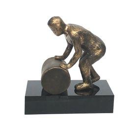 Holde hjulene i gang  Bronzeskulptur