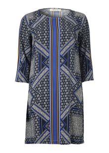 modstroem-stassy-print-dress-moroccan-scarf-7085794.jpeg