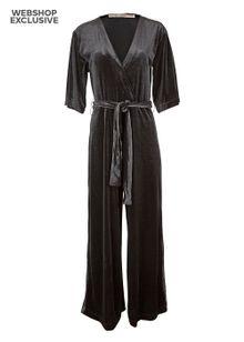 rue-de-femme-evan-jumpsuit-black-4570914.jpeg