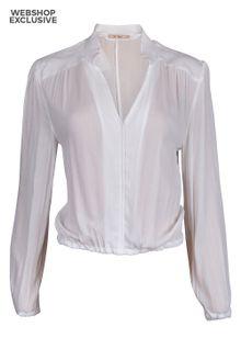 rue-de-femme-loupe-blouse-2-5587047.jpeg