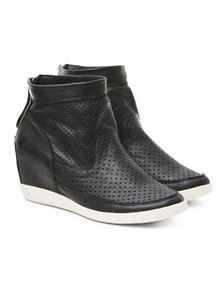 shoe-the-bear-emmy-l-black-8212407.jpeg