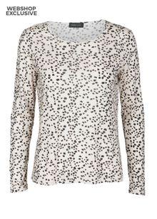 stine-goya-trine-t-shirt-light-8197782.jpeg
