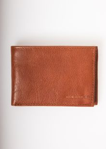 197-nano-wallet-brun-4061788.jpg