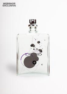 392-molecule-01-herr-hvid-1409927.jpeg