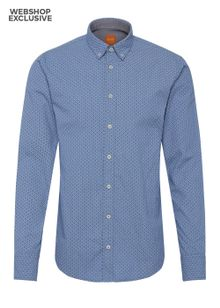 boss-orange-label-skjorte-bluse-edipoemoenstret-open-blue-6922356.jpeg